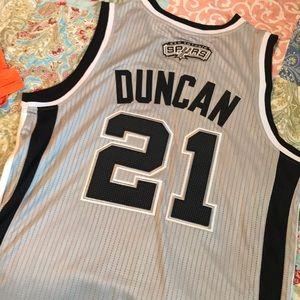 San Antonio Spurs, Tim Duncan Jersey!